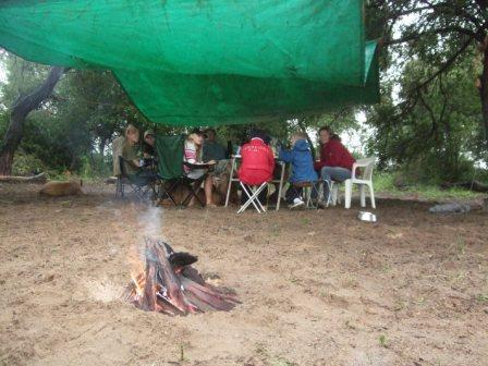 En planlagt telttur regnet litt bort. Vi var ikke særlig langt hjemmefra så sovinga ble hjemme. Vi prøver igjen neste helg.