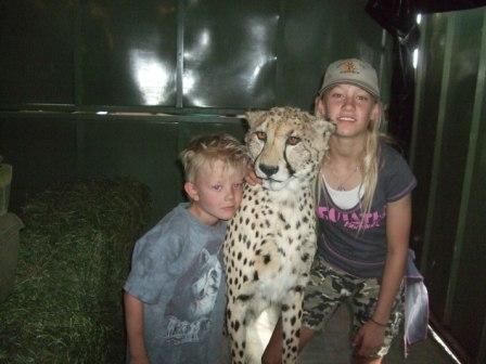 Knut, Cheetah og Corinna. Den luktet litt klorofyll(?) så den var nok ikke levende, men stilig var den.