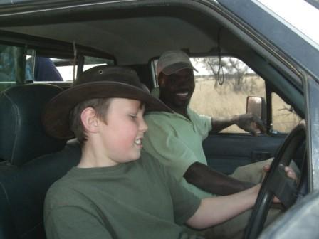 """Problemet blir vel at han nå blir vant til å kjøre med rattet og bilen på """"feil"""" side av veien! Daniel som vanlig til tjeneste om det skulle være noe."""